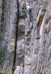 20071027204141-escalada-en-alcaine.jpg