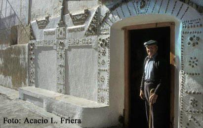 20100524211612-casa-en-alcaine-foto-friera-.jpg