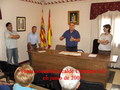 20090503121437-alcaine-toma-alcalde-junio07.jpg