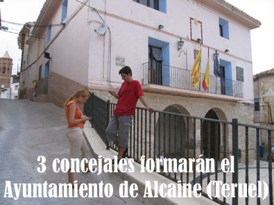 20110302234832-3concejales-aytoalcaine.jpg