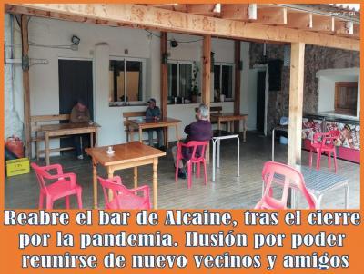20200518221241-reabre-bar-albergue-de-alcaine-tras-pandemia.jpg